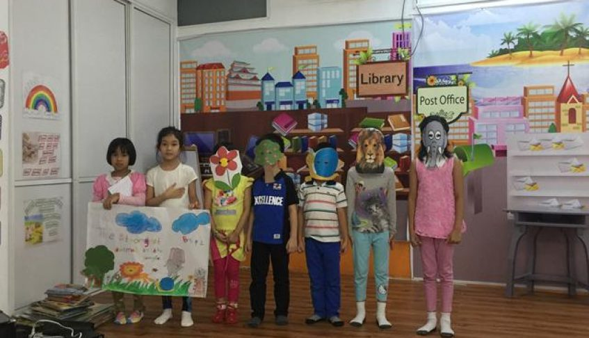 Story Telling by P1 & 2 students (18 Sep 2015)
