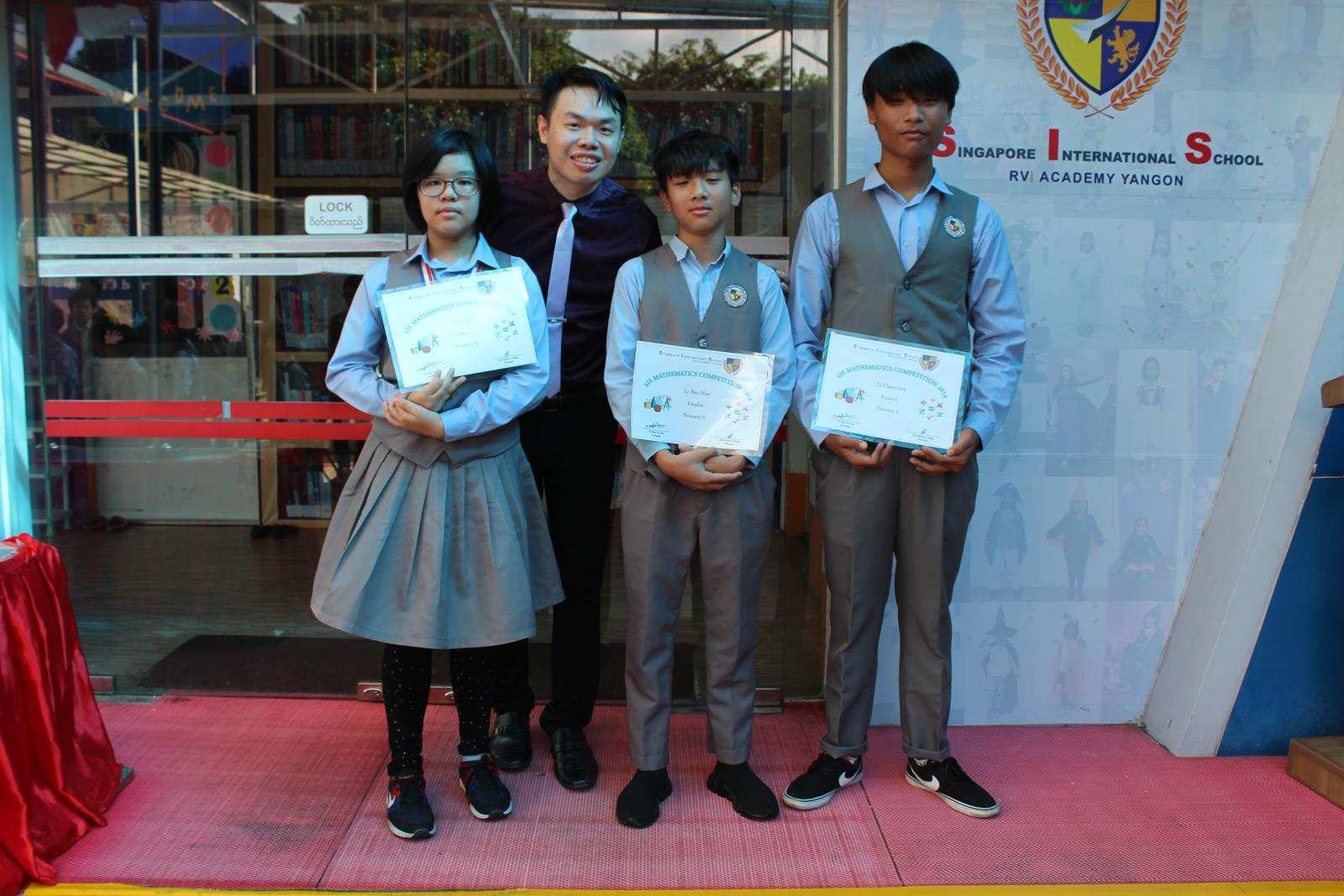 Presentation of Awards for SIS Mathematics Competition (15 Oct)
